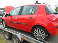 renault clio parts from a 2007/8 1.6 5 door car red