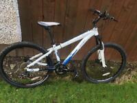 Saracen Mantra Mountain bike £80.00