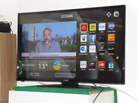 """42"""" SMART LED TV WITH FREEVIEW HD NETFLIX, YOUTUBE, SOCIAL MEDIA ETC WITH WARRANTY"""