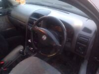 car working perfect cheep to runing new tayers and diisc central lock clean engin no oil lek 2 key .