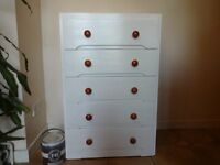 CHEST OF DRAWERS --5 DRAW -- PAINTED WITH FARROW AND BALL PAINT --WHITE WITH WOODEN HANDLES --