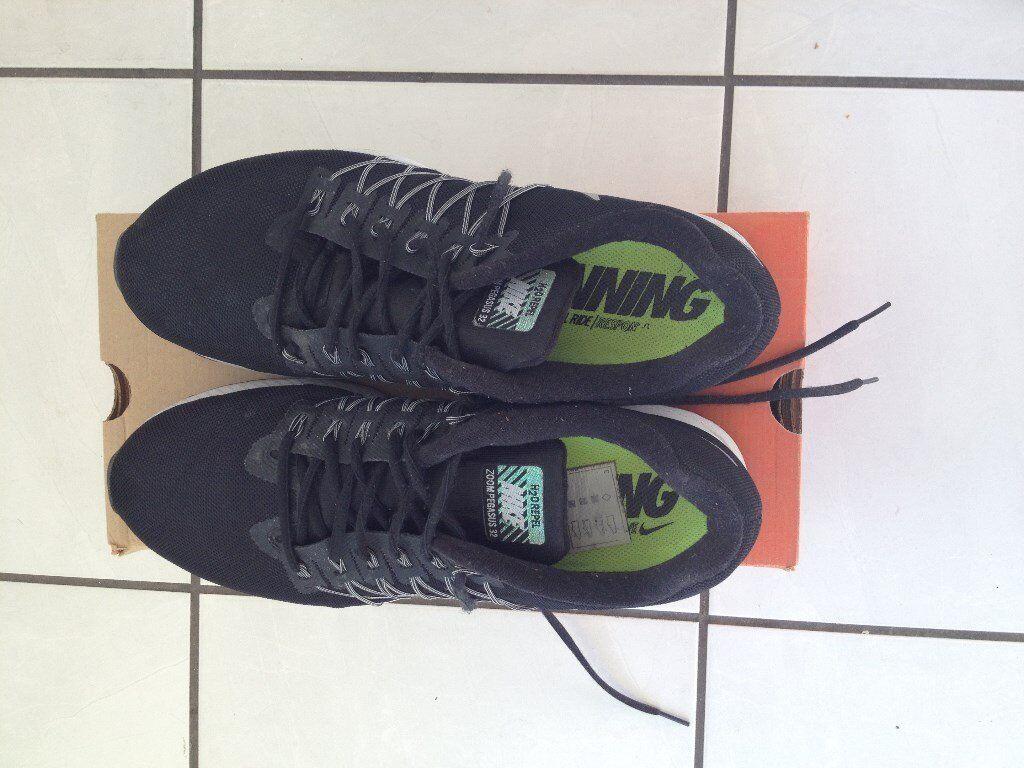 7c3b4262853ea Nike Air Zoom Pegasus 32 Flash Trainers UK Size 10.5