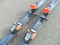 Kastle skis