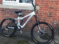 Kona stinky deluxe full suspension mountain bike will post