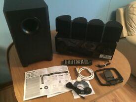 Pioneer VSX-827-K A/V Receiver plus a set of 5.1 speaker