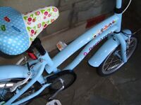 SMALL CHILDS BLUE BIKE IN VERY GOOD CONDITION ONLY £10 FOR QUICK SALE
