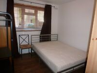 Beautiful Modern 1 Bed Apartment / Ambassador Square, Canary Wharf / Great Transport Links