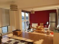 Bright and spacious double en suite bedroom, bills included