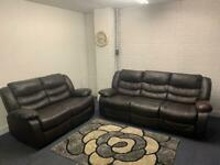 Beautiful leather recliners 3&2 delivery 🚚 sofa suite couch furniture