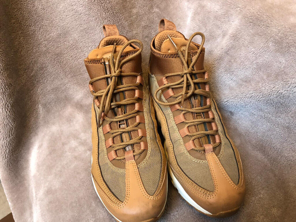 d8c9ffd256 Mens Nike Air Max 95 Sneakerboot - Flax/White (Size UK 6, Euro 40, US 7)    in Bordesley Green, West Midlands   Gumtree