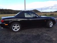 2000 MAZDA MX-5 1.8 16v, Black Mica, fresh MOT, Low Mileage, Dealership FSH