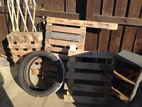 FREe for garden- pallets, tyre, felted ahelves