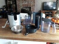 Philips Professional Juicer - free recipe books!! Make an offer!