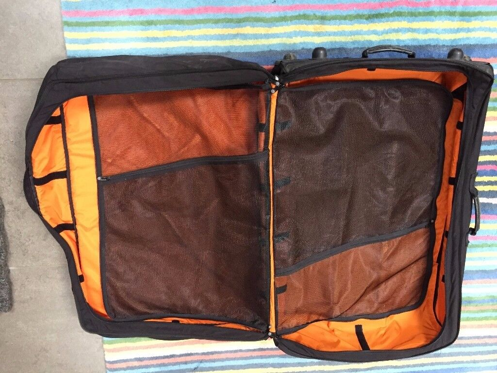 VERY STRONG AND LARGE BAGS / SAMPLE BAGS / HOLDALLS X 4