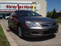 2006 Honda Accord SE  ** only 69, 676 KMS **