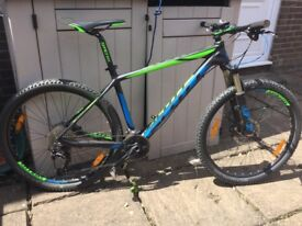 Scott scale 735 carbon mountain bike large £550