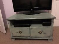 Solid shabby Chic TV unit