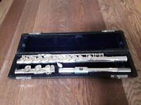 Yamaha Flute YFL E1 mint condition