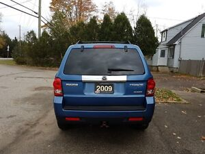 2009 Mazda Tribute GS V6 4wd, Auto, Financing Available! Cambridge Kitchener Area image 4