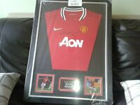 100% authentic Wayne Rooney signed framed shirt with certificate of authenticity
