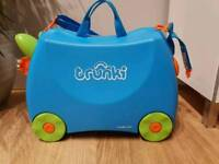 TRUNKI Blue Ride-on Kids Suitcase & Bag