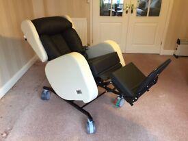 Sorrento Riser Recliner Chair