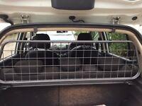 Hyundai i10 Manufacturer's Dog Guard 2012 Model