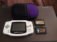 Game Boy Advance + 2 games and carry case