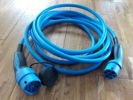 Mennekes Type 2 charging cable. £300 + new Model number 36427