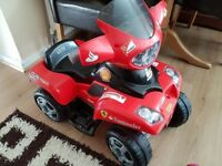 4-wheel kids electric ride-on (2-4yrs child, very good condition)