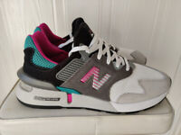 New Balance 997S South Beach Trainers (Size 8)