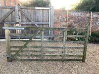 Large 8ft wide, 7 bar Wooden Field / Garden Gate