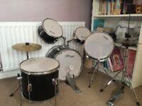 Staff junior drum kit 5 drums 2 cymbals