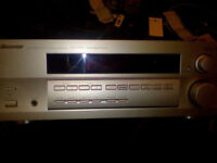 Pioneer D510 audiovideo multi channel receiver in silver