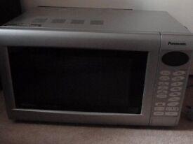 Panasonic Microwave Oven Slimline Combi Inverter - Model NN-A524 - hardly used so as new.