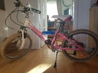 bicycle for girls 20 inch.good condition. Hybrid mountain.. Giant Taffy