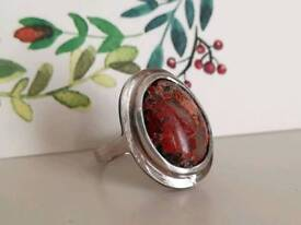 Sterling silver ring - Red jasper/ agate with white quartz stone