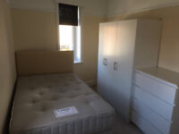 Large Single Occupancy Room - All Bills inc., Free Wifi. 5 Rooms Share 2 Baths, Kitchen, Dining Room