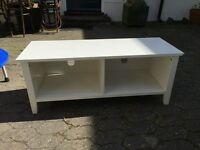 White TV stand unit