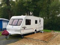 BAILEY PAGEANT CHAMPAGNE 2004 TOURING CARAVAN FOR SALE, £3,700. EXCELLENT CONDITION. INCLUDES AWNING
