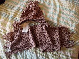 Kids leopard-print hat and scarf