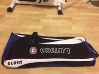 Hunts county Glory cricket bag brand new