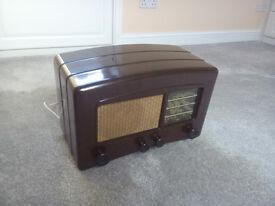 Vintage Bakelite Cossor radio