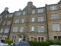 ROYAL PARK TERRACE - Bright and spacious top floor flat with fantastic views across Holyrood Park