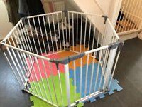 Baby Playpen/Room Divider/Gate - Lindam