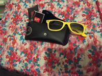 Real yellow ray-ban sunglasses
