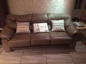 Leather Sofas 2x3 seaters 1x2 seater 3 in total very comfy will split £175 can deliver 07476970860