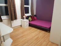 Lovely double bedroom in Wembley Central for 2 ppl....(all bills included)