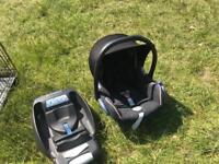 Maxi cosy baby car seat and isofix adapter