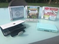 Nintendo DS Lite, blue. Case, Charger, Brain Training, Mah-jong, Word Games included